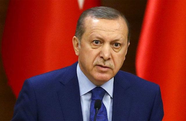 Fürchtet sich vor Frauen, Homosexuellen und Andersdenkenden: Der kleine Erdogan